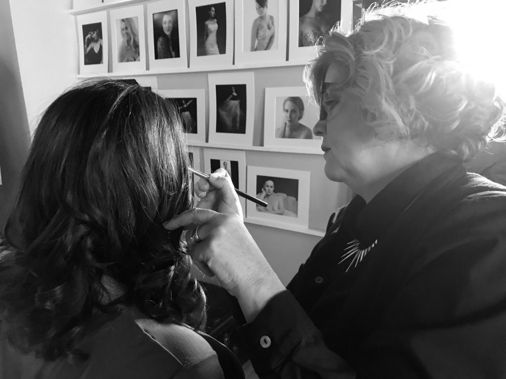 Pam Butler of The Beauty Patrol doing Jessica's makeup for her portrait session with Louisville Portrait photographer Ben Marcum