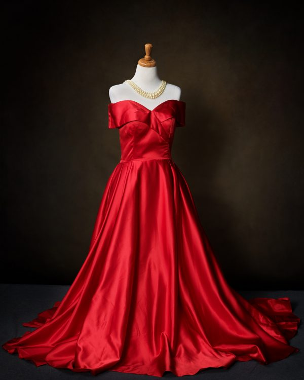 One of the dresses available to wear for portraits